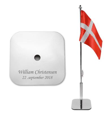 Bordflag med navn og dato firkantet fod