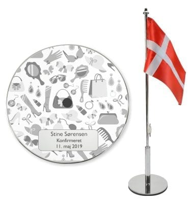 Bordflag konfirmation med pige motiver